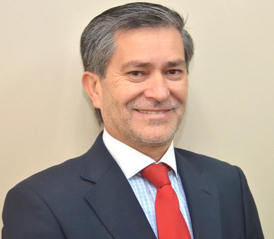 Iván Valenzuela Díaz, Decano de la Facultad de Cs. Económicas y Administrativas UCSC.